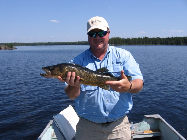 Secluded on shearstone lake canadian fly in fishing for Canadian fishing trips cheap